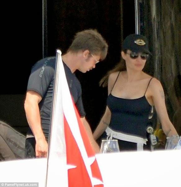 Фотографии медового месяца Анджелины Джоли и Брэда Питта 0 11e92d c0524512 orig