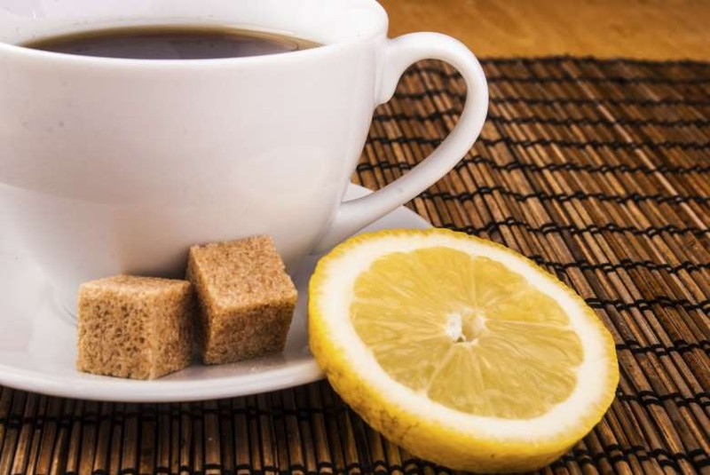 3. Кофе по-восточному с шоколадом Ингредиенты (на 1 порцию): 20–25 г кофе в зернах; 50 г горького шо