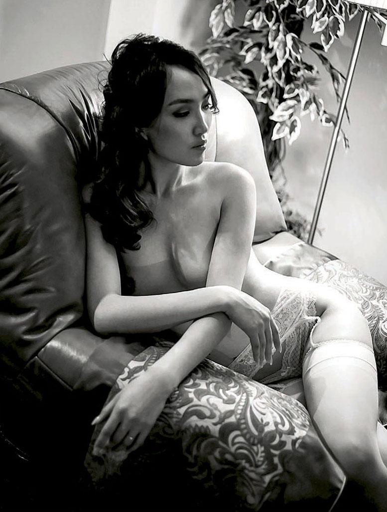 Нэргуйн Баярмаа - Девушка месяца в Playboy Mongolia november 2014