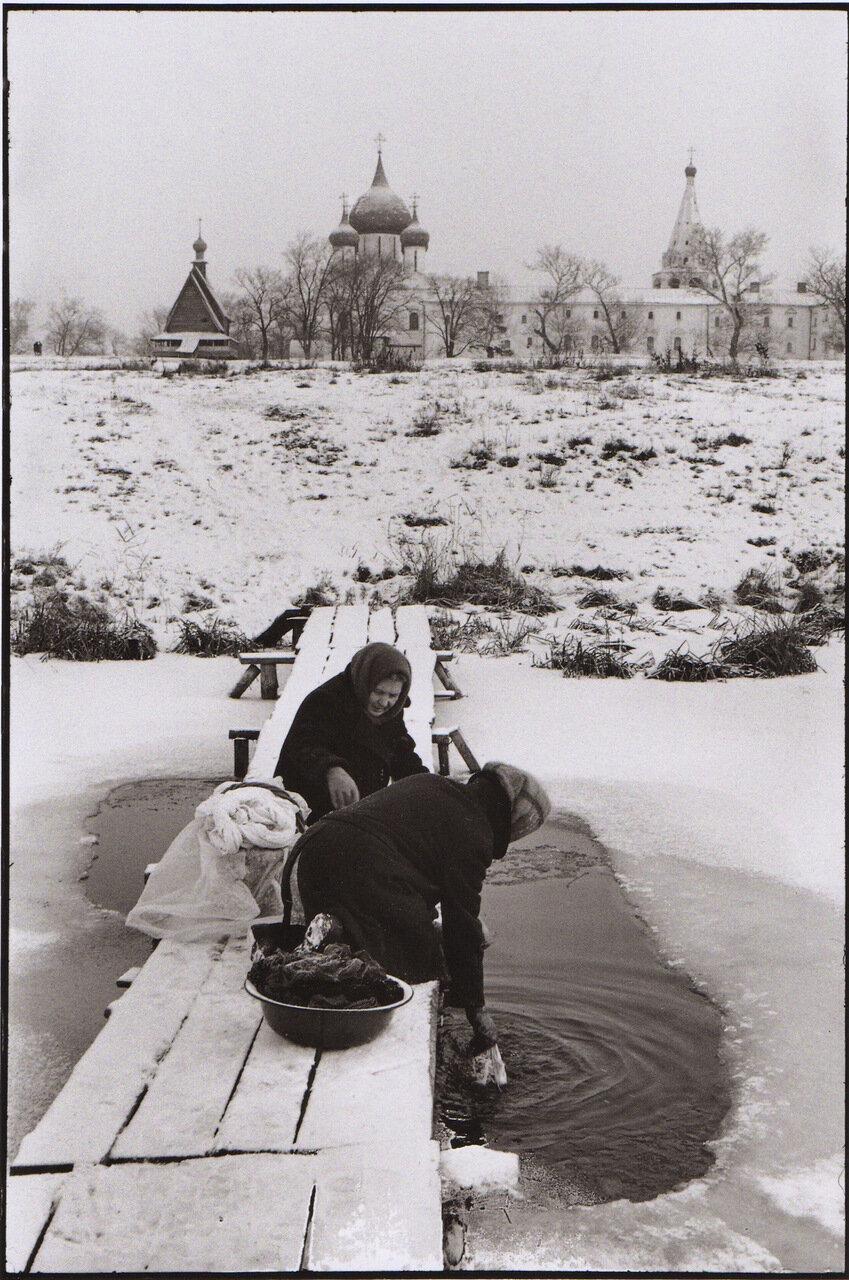 1972. Суздаль. Прачки