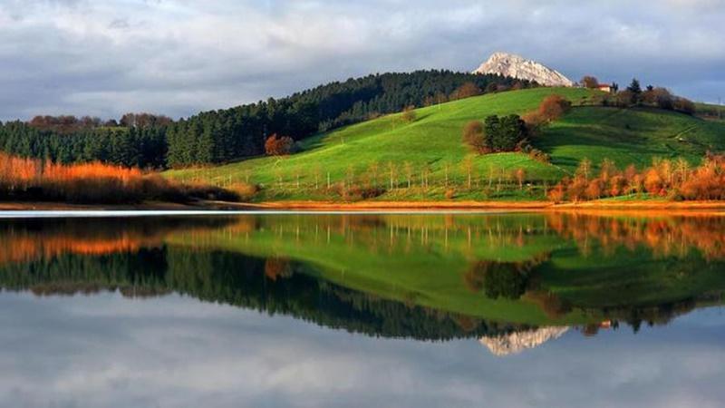 Осенние озера: 30 фотографий 0 145dd9 6590f835 orig