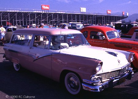 2409511956_Ford_Parklane.jpg