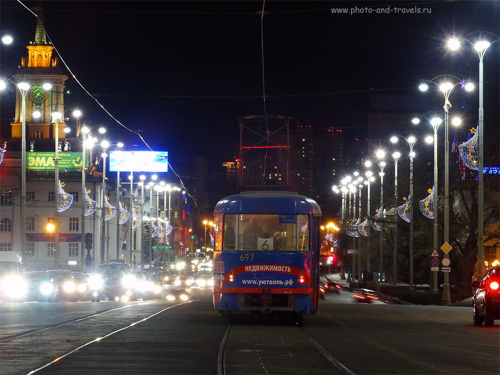 Фото 12. Пример того, как правильно использовать возможности ультразума Sony DSC. Городской трамвай. 100, 39.89 (224), 8, 1.3