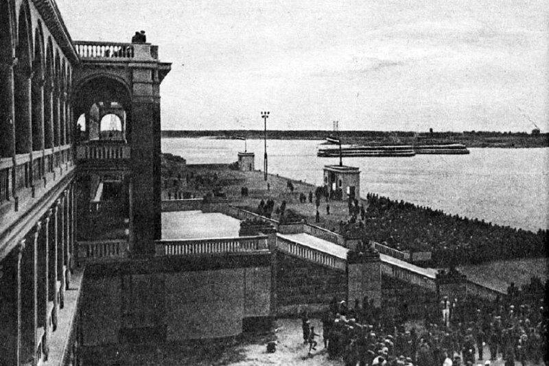 43 2 мая 1937 Химкинский речной вокзал.jpg