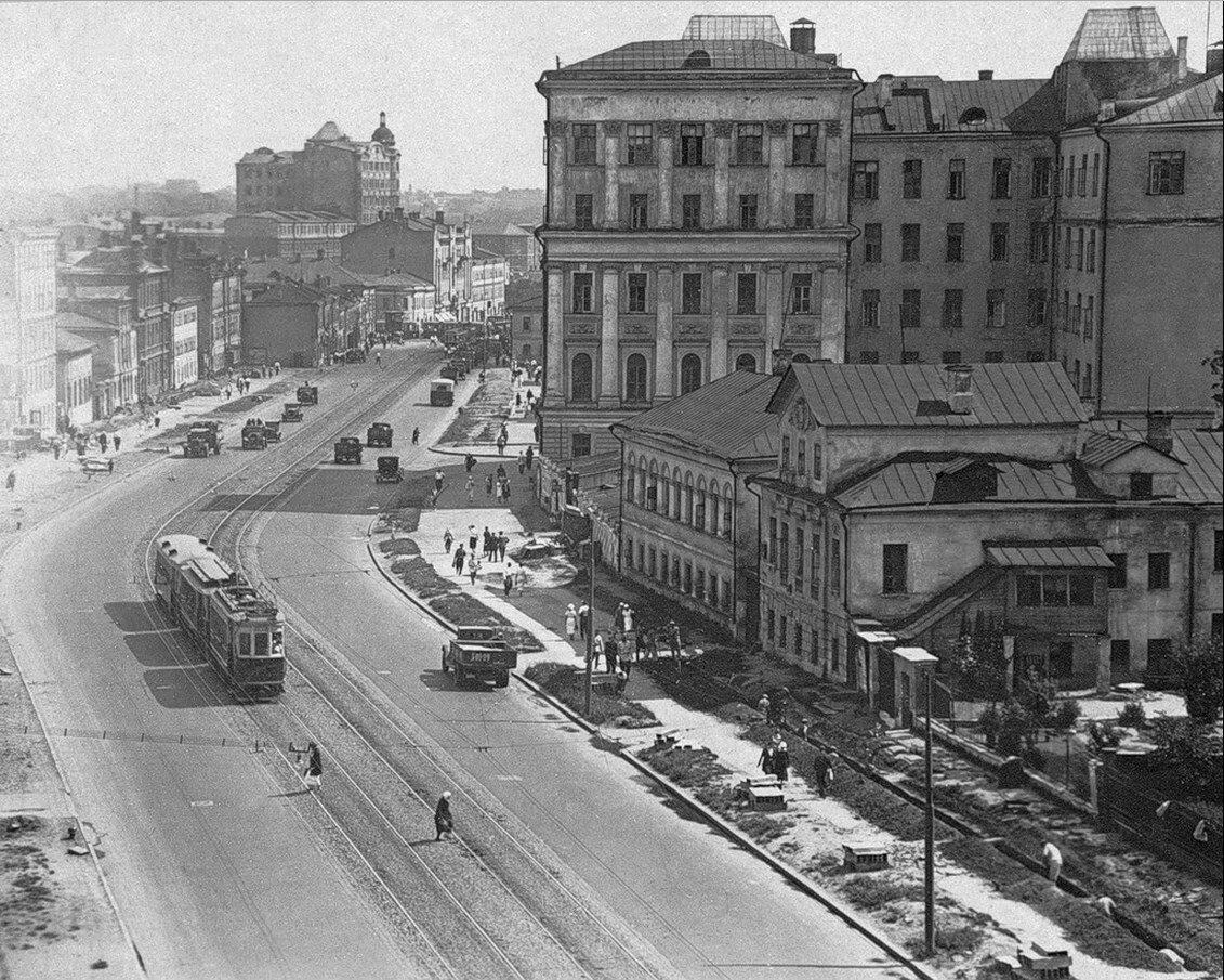 1930-е. Садово-Триумфальная перед реконструкцией