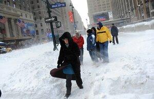 В США из-за снежной бури отменили более 3,5 тысяч авиарейсов
