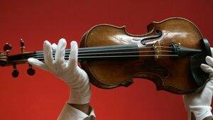 В США обнаружили похищенную 35 лет назад скрипку Страдивари