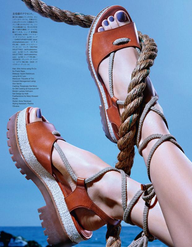 Larissa-Xofmann-Larissa-Hofmann-v-zhurnale-Vogue-Japan-5-foto