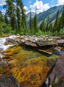 Изумительная вода Ергаков