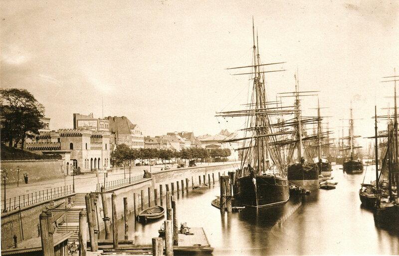 Hafentor und Johannisbollwerke
