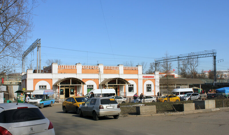 Турникетный павильон на станции Павшино