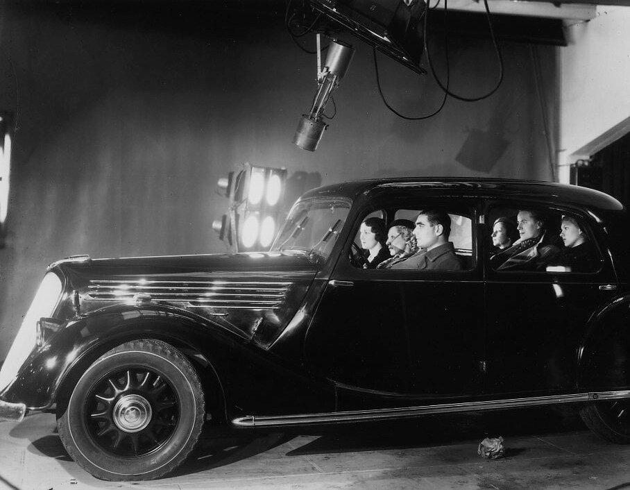 1935. Реклама Рено