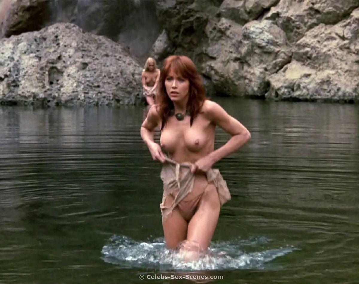 Таня робертс в порно 16 фотография