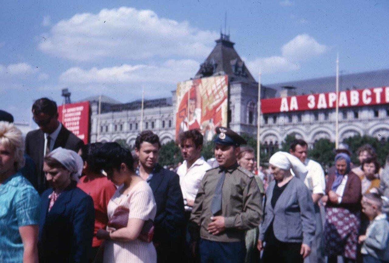 11. Москва. На Красной площади