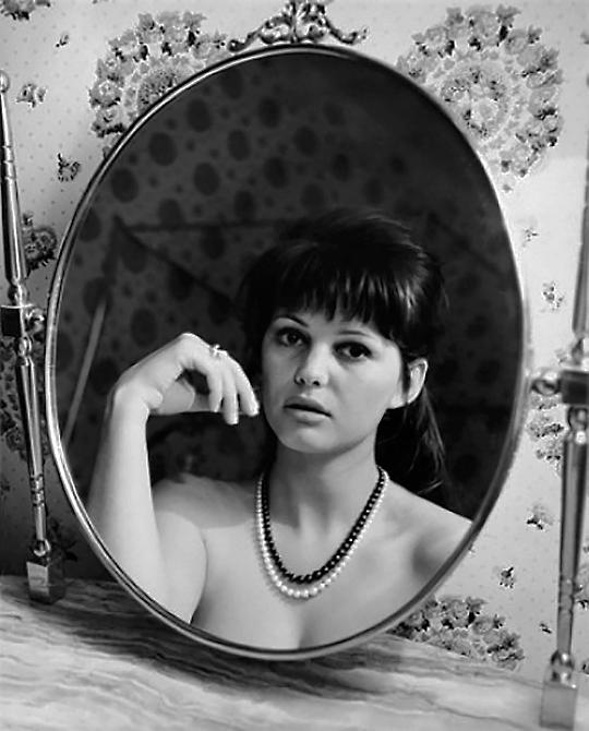 Claudia Cardinale photos by Mario De Biasi, Rome, 195940.jpg