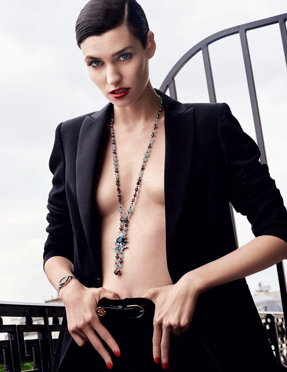 Французская модель Манон Лелуп в российском Vogue (8 фото)