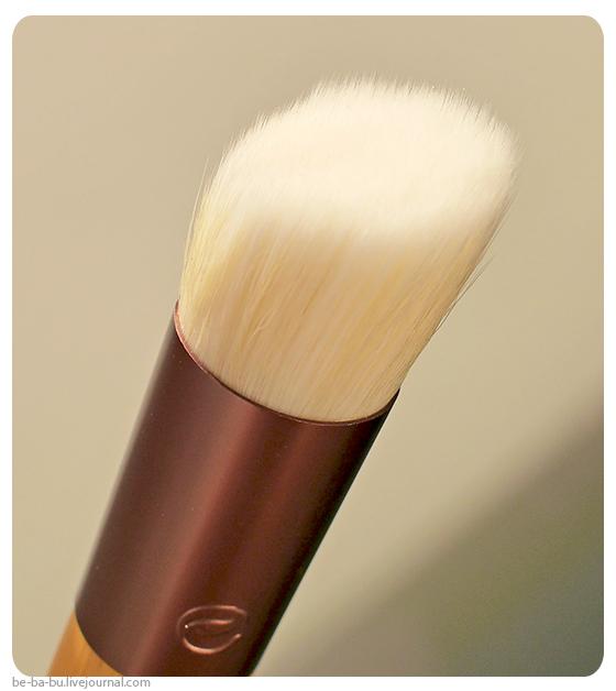 Кисти-iHerb-EcoTools-Skin-Perfecting-Brush-for-BB-CC-Creams-Real-Techniques-Samantha-Chapman-review-отзыв8.jpg
