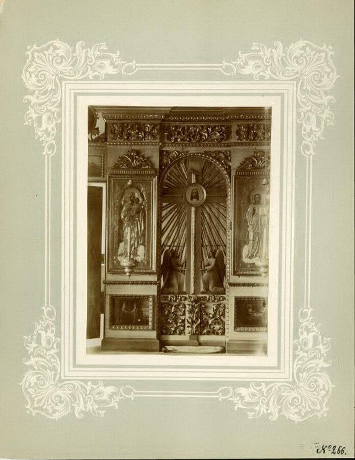 20. Благовещенская церковь, царские врата в иконостасе левого Преображенского придела в верхнем храме