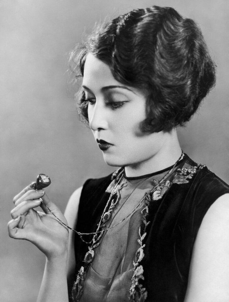 Dorothy Sebastian.jpg