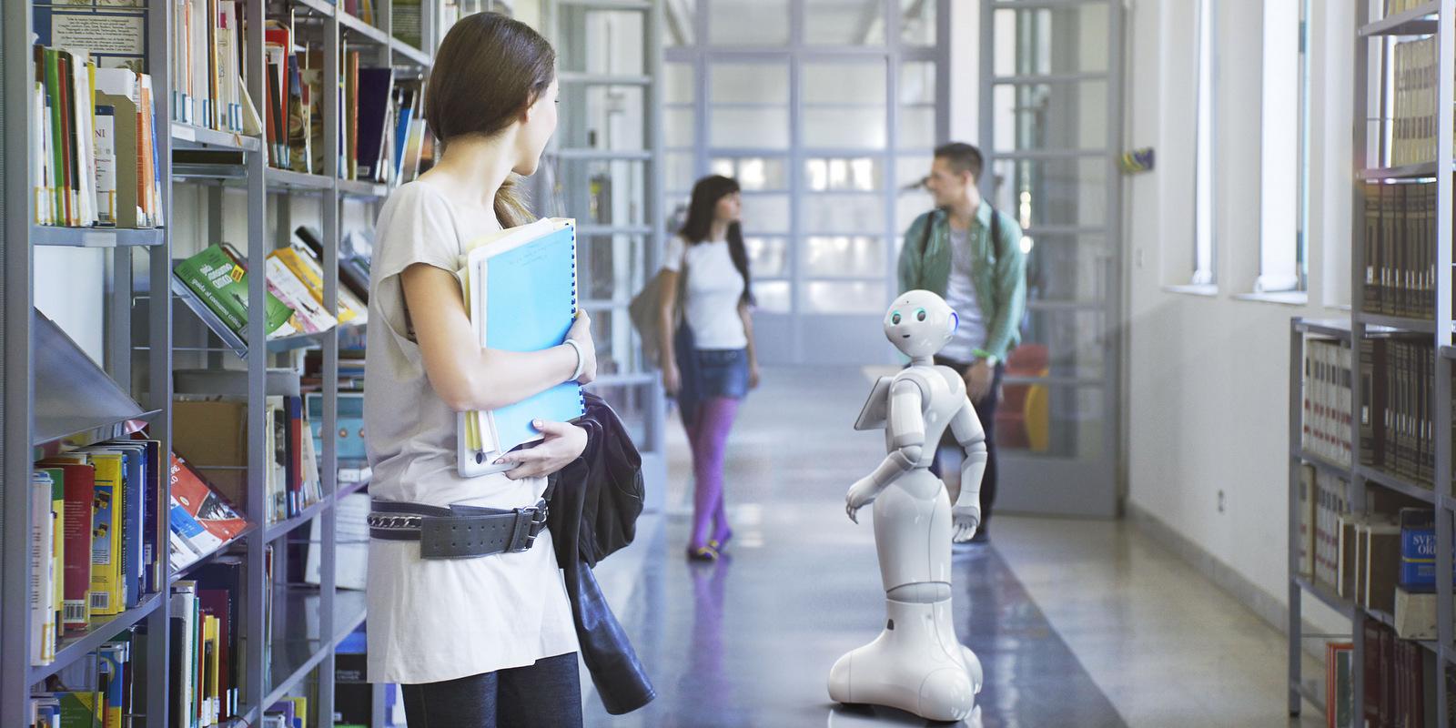 Интерактивный робот Pepper