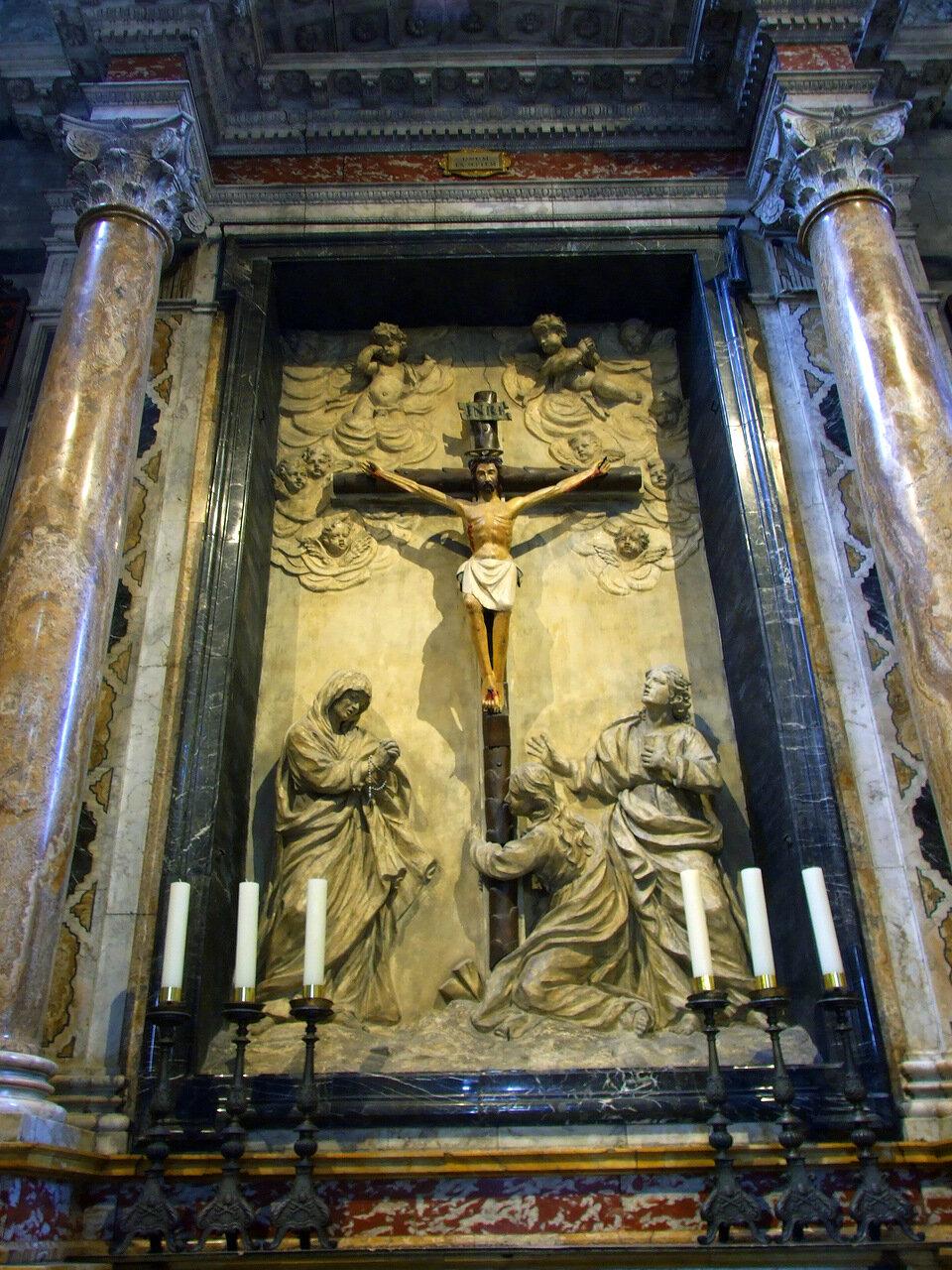 Внутри Кафедрального Собора (Сattedrale di Santa Maria Assunta; Duomo di Siena)