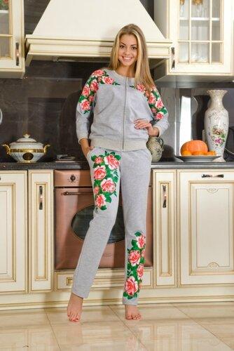 Трикотажные костюмы: идеальная одежда для дома и отдыха