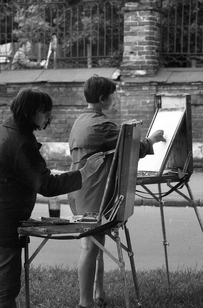 Художники за работой