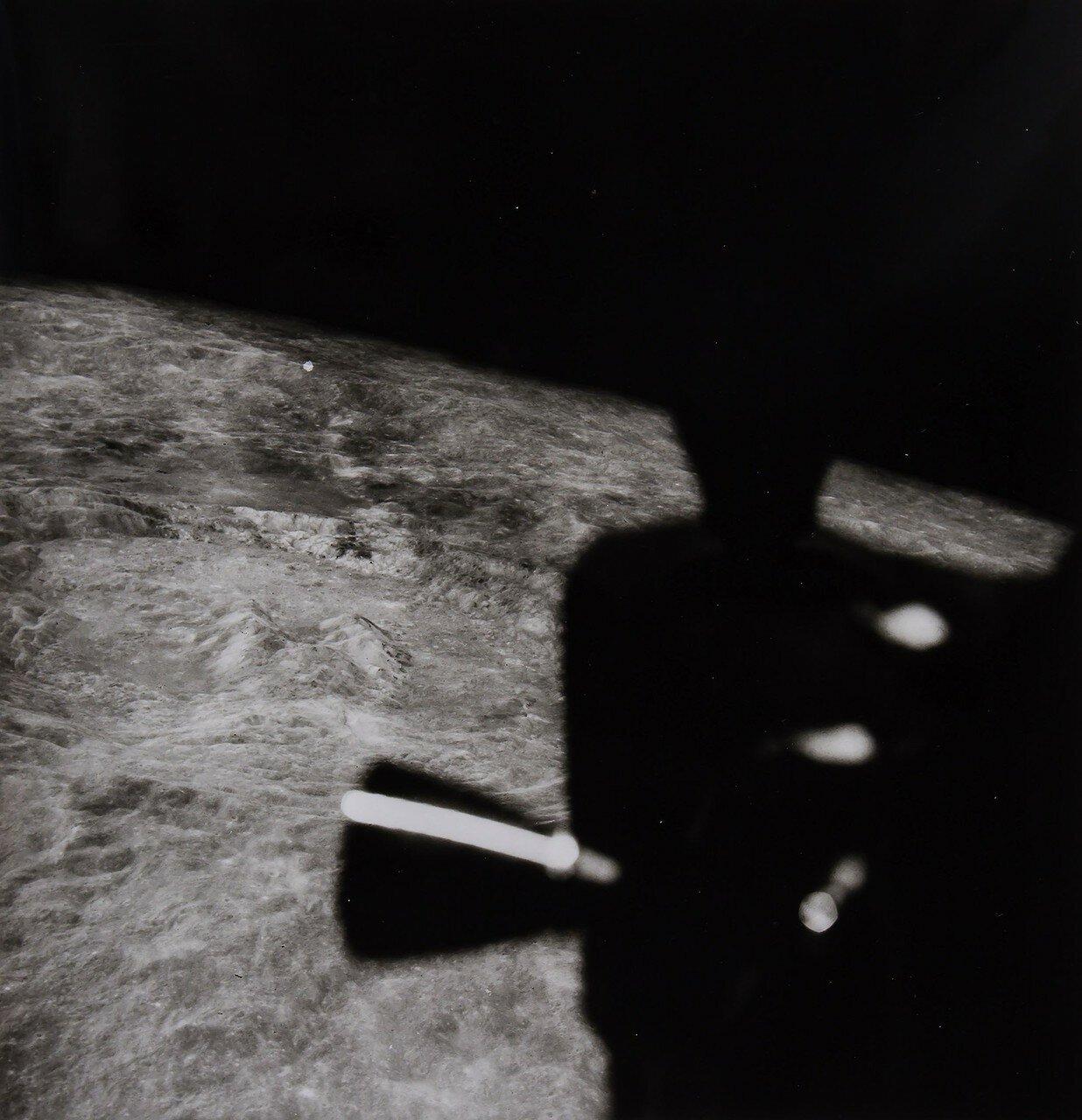 1969. май. Подход лунного модуля к местам возможной посадки «Аполлона-11»