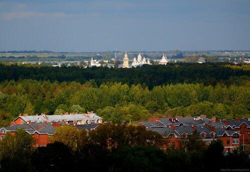 Вид с колокольни Софийского собора на Спасо-Прилуцкий Димитриев монастырь