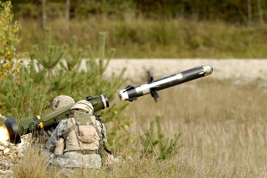 Американская противотанковая ракета.png