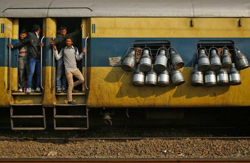 0 17c9c1 f7e08dc4 XL - Почему в Индии пассажиры поезда ездят снаружи