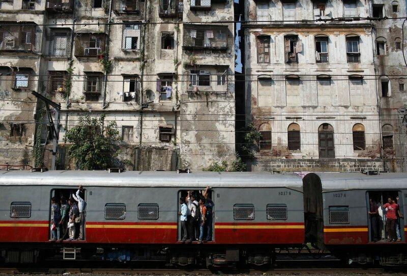 0 17c9c7 ef69170b XL - Почему в Индии пассажиры поезда ездят снаружи