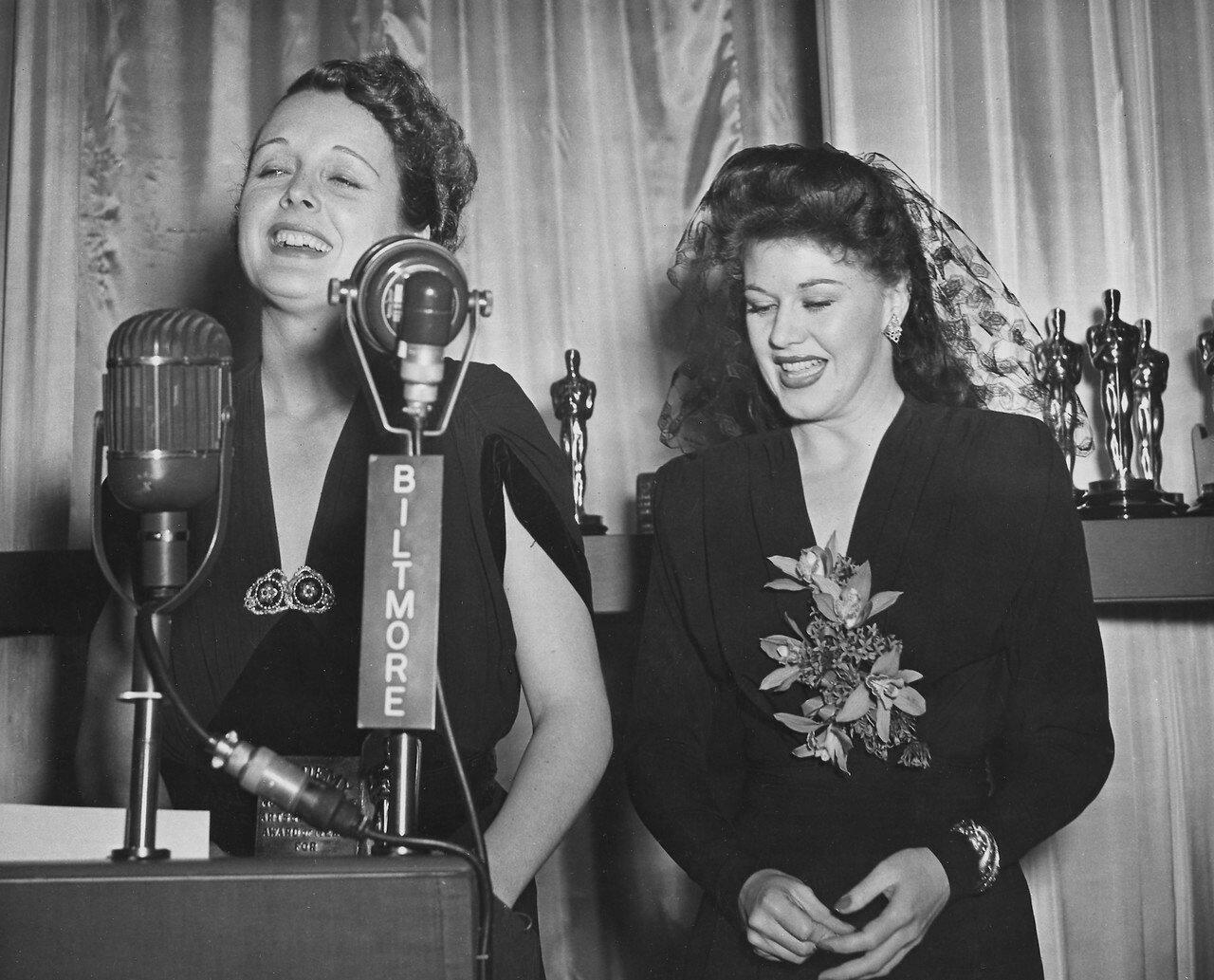 1942. «Великая ложь». Мэри Астор и Джинджер Роджерс