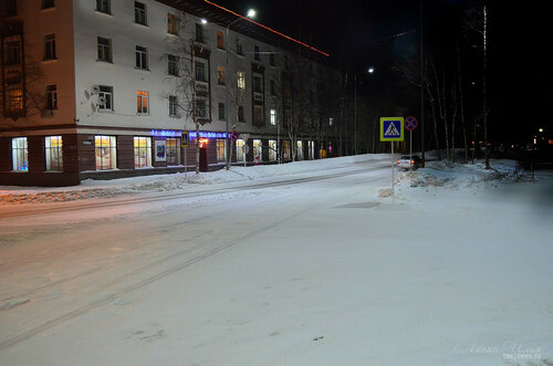 Фотография Инты №7398  Юго-западный угол Кирова 38 23.12.2014_18:22