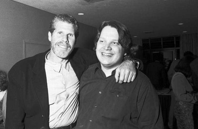 Рональд Перлман и Гильермо Дель Торо на съемках фильма «Хронос», 1992 год
