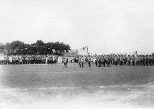 Подразделение 85-го Выборгского императора Вильгельма II полка на параде войск.