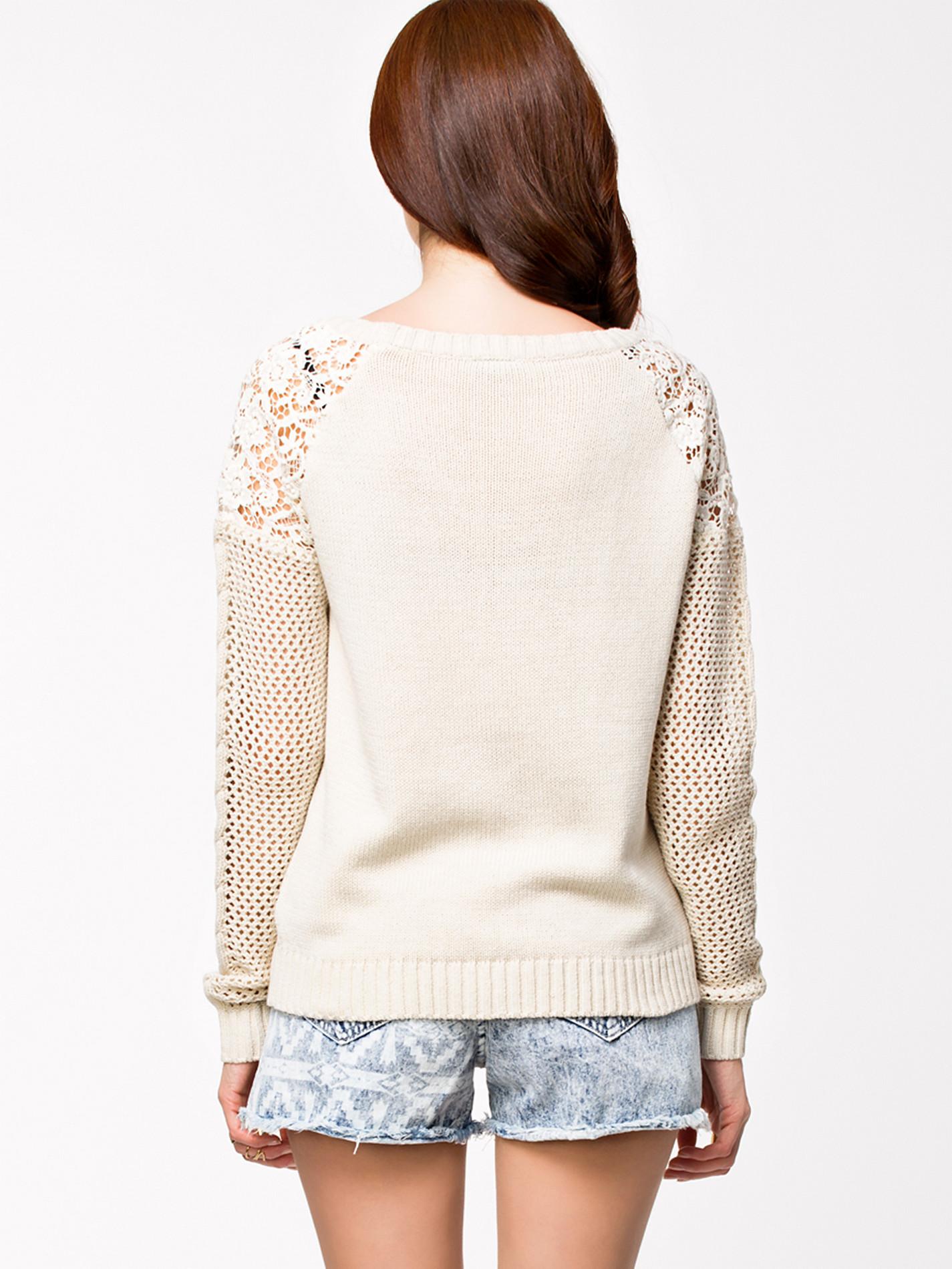 белый свитер №2