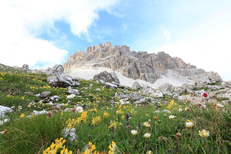 В Доломитовых Альпах, Италия...