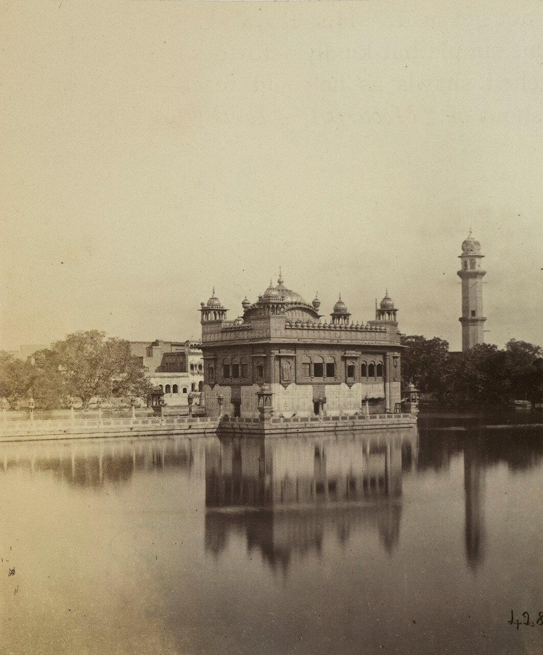 43. Хармандир-Сахиб — гурдвара сикхской религии в городе Амритсар