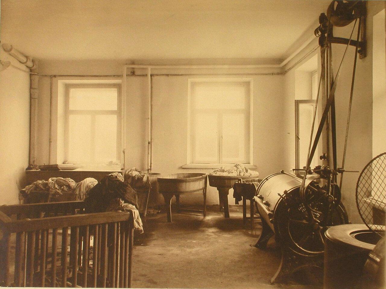 21. Вид помещения прачечной
