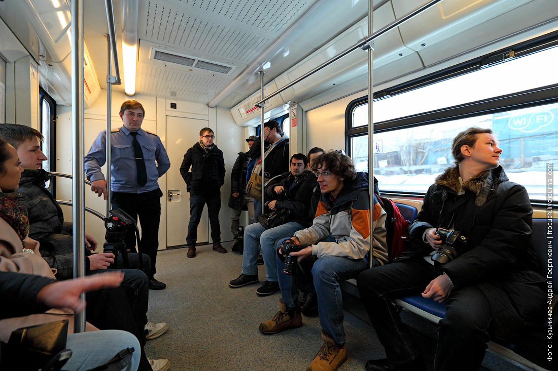 блогеры в метро
