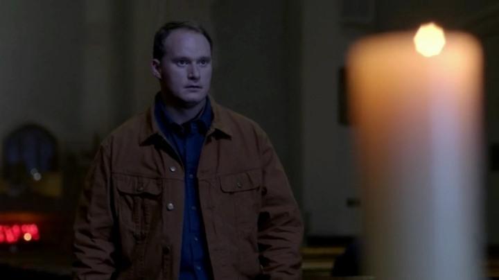 Актеры и персонажи эпизода 10.16 Paint It Black