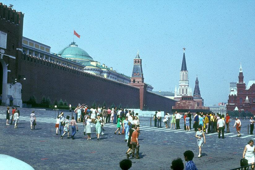10. На Красной площади
