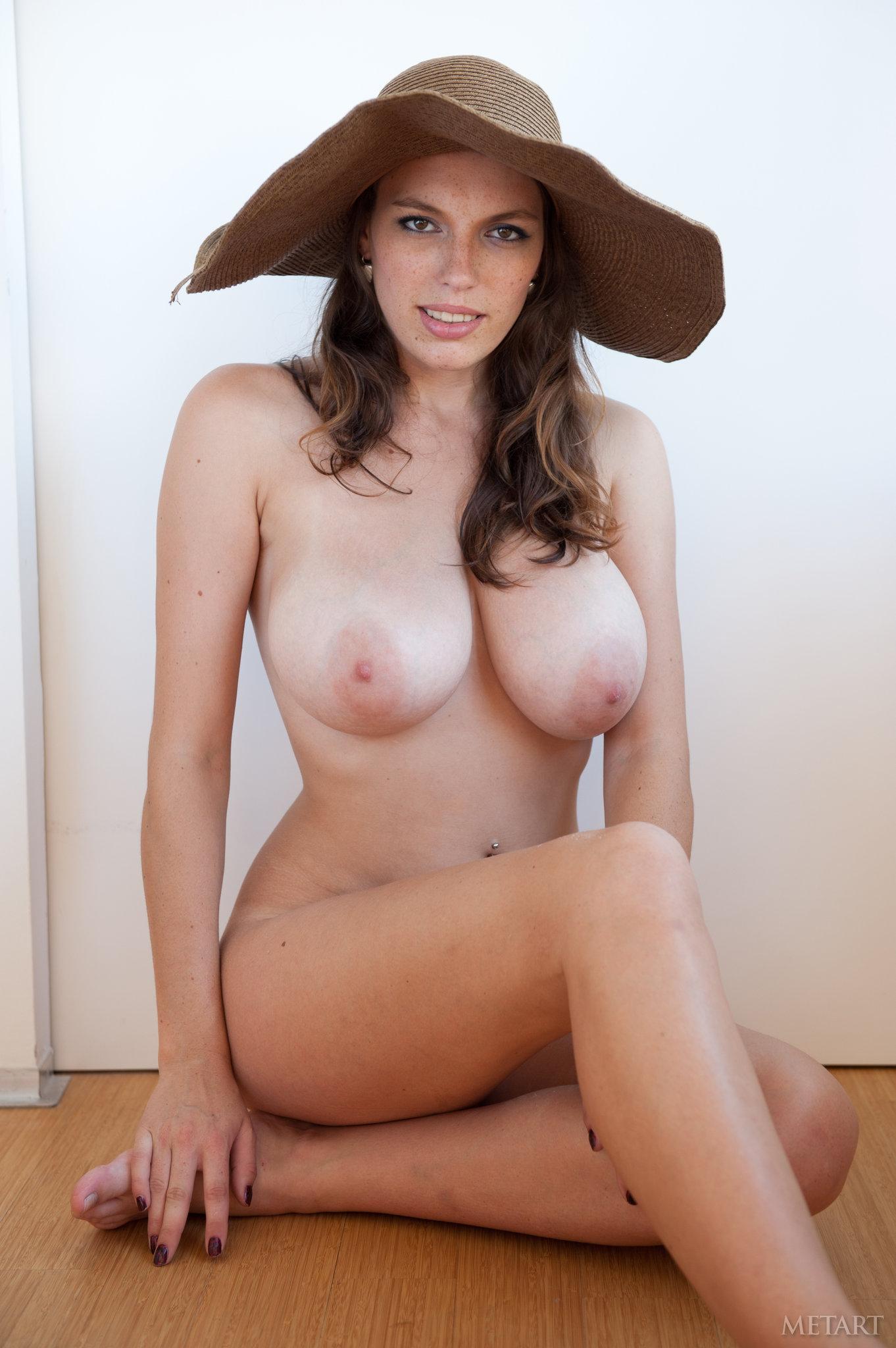 Naked busty spanish women 12