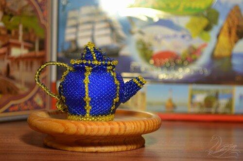 Альбом пользователя Юленька_Лебедь: Чайник из бисера12.JPG