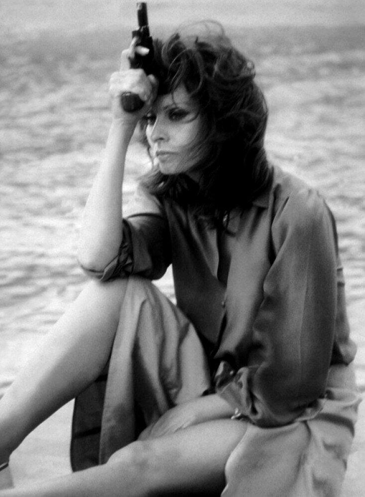Firepower (1979) Sophia Loren.jpg