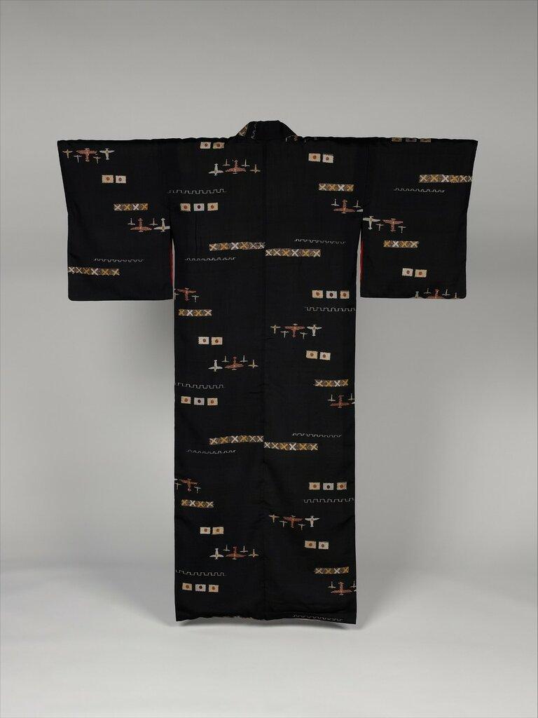 Woman?s kimono with planes and Hinomaru flags