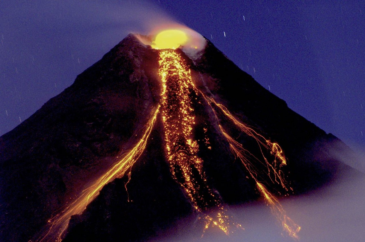 volcanoes and how it shaped our planet