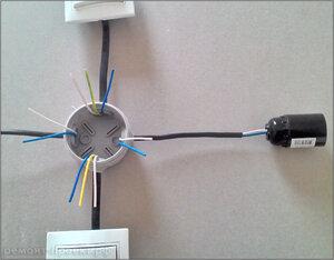 схема проходного выключателя.jpg