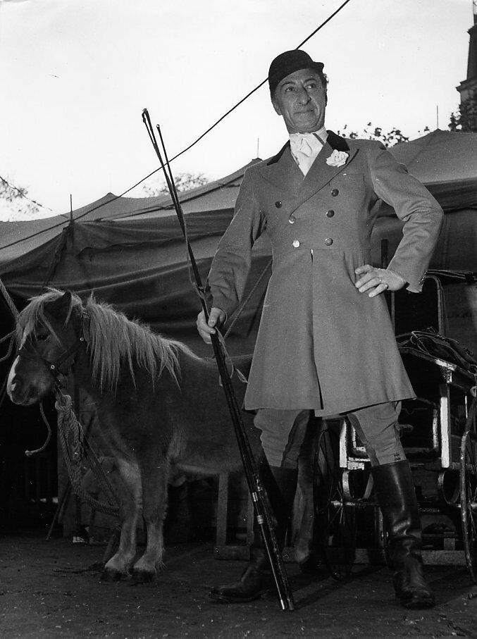 1951. Г-н Ранси